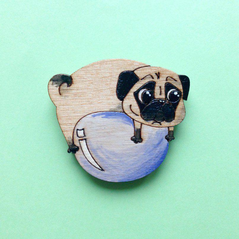 брошка сюрприз деревяннаяброшь значок fashionwood мопс подарок