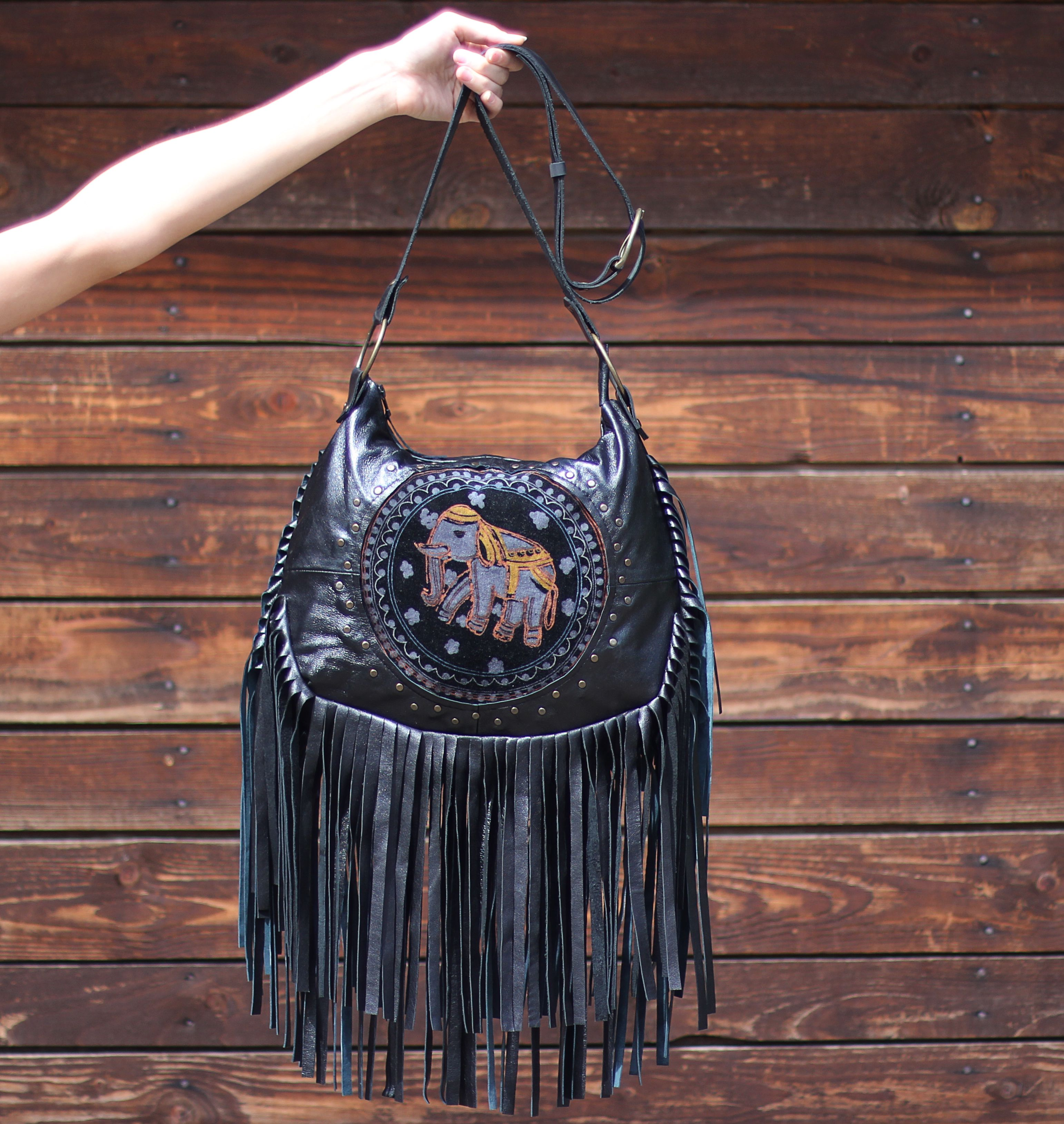 женская ручная сумка кожа бохостиль дизайнерская бахрома сумкасбахромой купитьподарок стильная яркая бохо авторская купитьсумку вместительная текстиль купить кожанаясумка чернаясумка сумкаизтекстиля индийский этностиль подарок