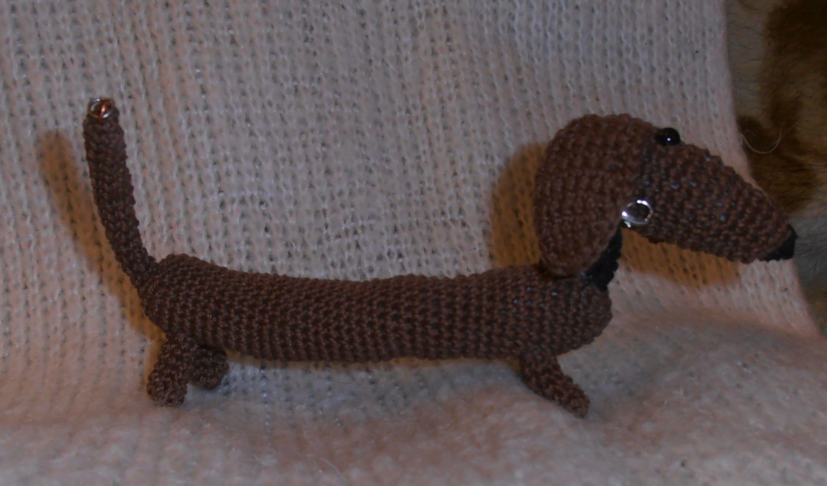 амигуруми такса игрушка браслет