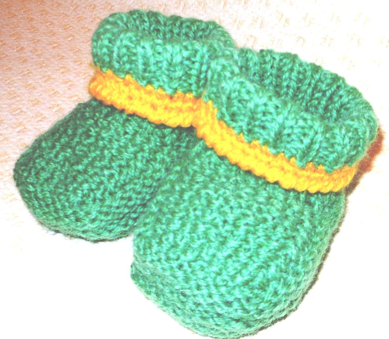 связано дети вязание ручная спицы носки шерсть работа шерстяные пинетки спицами