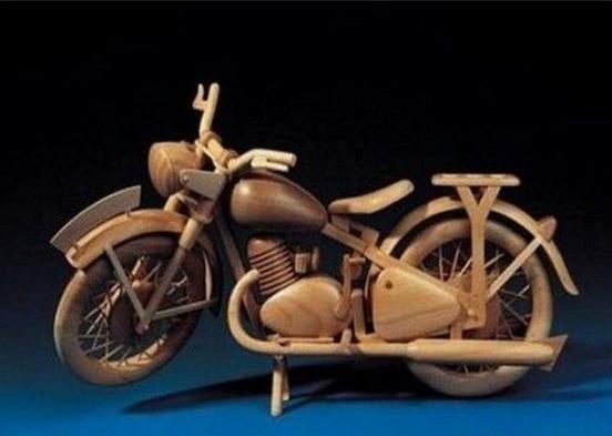 современноеискусство мотоцикл домашнийбыт поделкииздерева