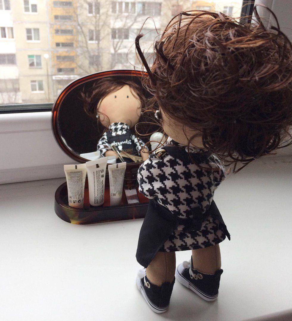 парикмахер куклавподарок интерьернаякукла портретнаякукла куклапарикмахер