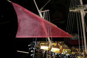 Корабль из конфет мастер класс 30