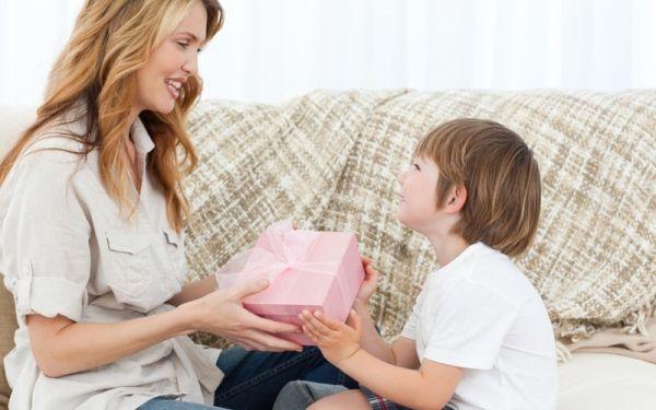 Подарки маме от сына