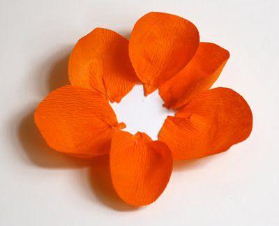 Цветы из гофрированной бумаги своими руками 17