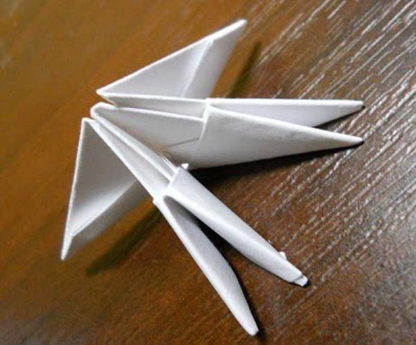 Оригами из бумаги: лебедь 3