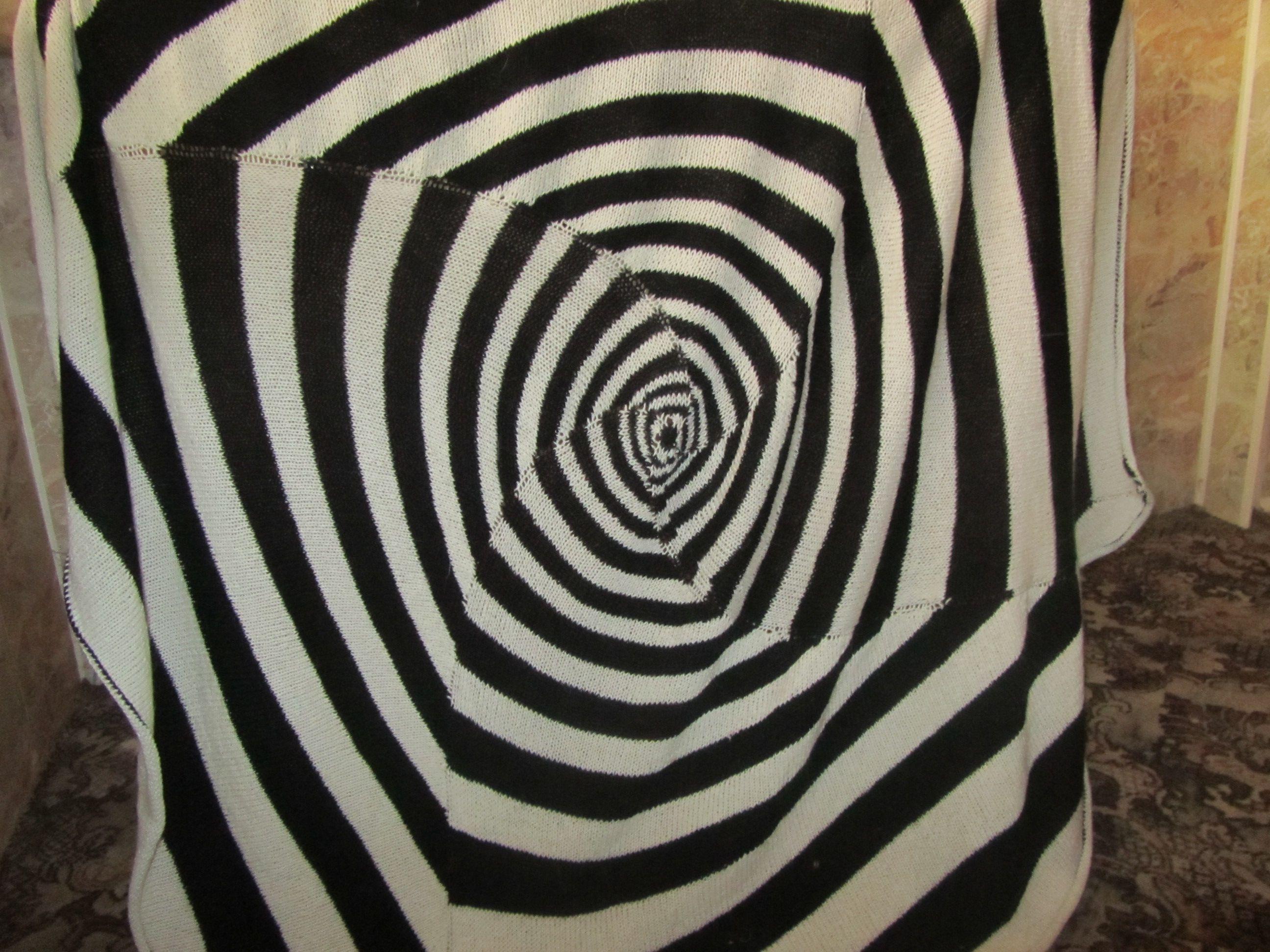 движение полоски иллюзия случай чёрно-белый спицами диван любой сессий доме фото вязаный вязание для в интерьер дизайн белый детский мужчине покрывало плед на черный подарок уют