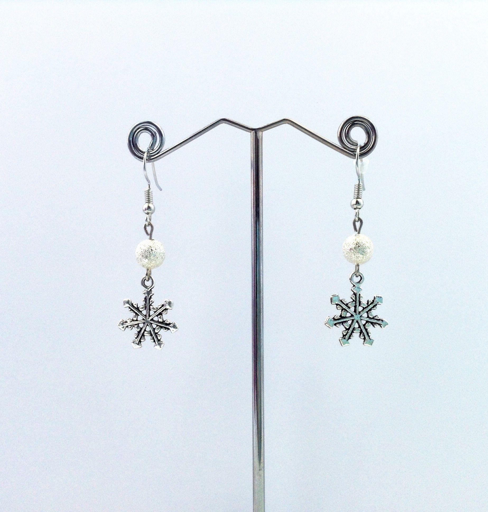 бусины украшение серьги handmade снежинки бижутерия