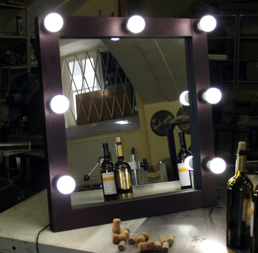 makeup зеркало стилист визажист led парикмахер handmade салон makeupmirror makeuplife makeupartist makeuptime гримерная красотки mirror блогер mirrorselfie бьюти инста салонкрасоты барбершоп dressingroom okvell своимируками доброеутро дерево