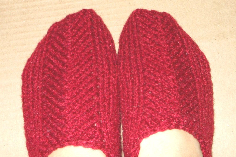 домашние спицы ручная вязание тапочки носки работа следки шерсть подарок носочки