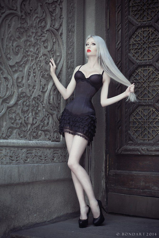 черный корсет