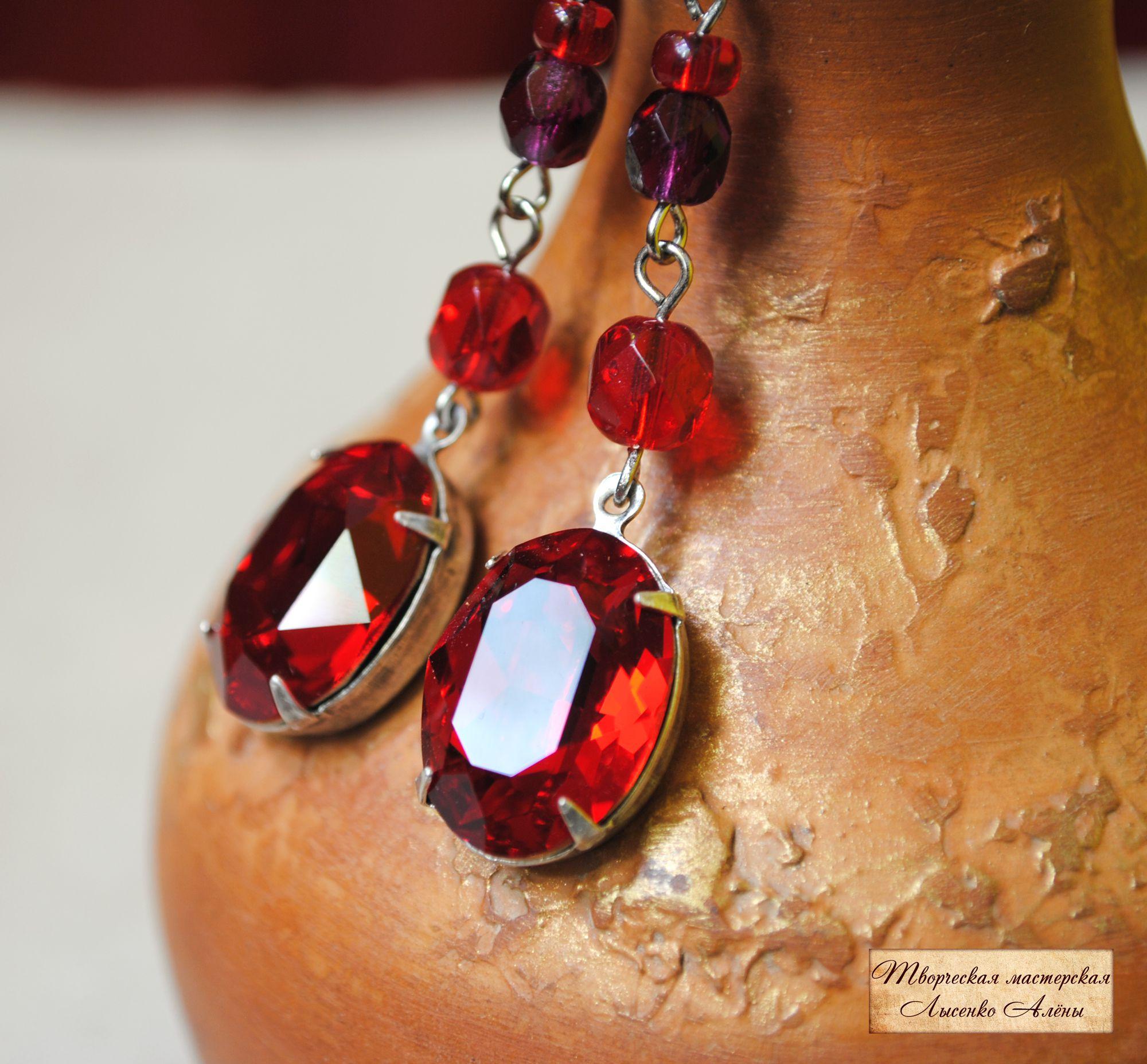 украшение серьги swarovski красный