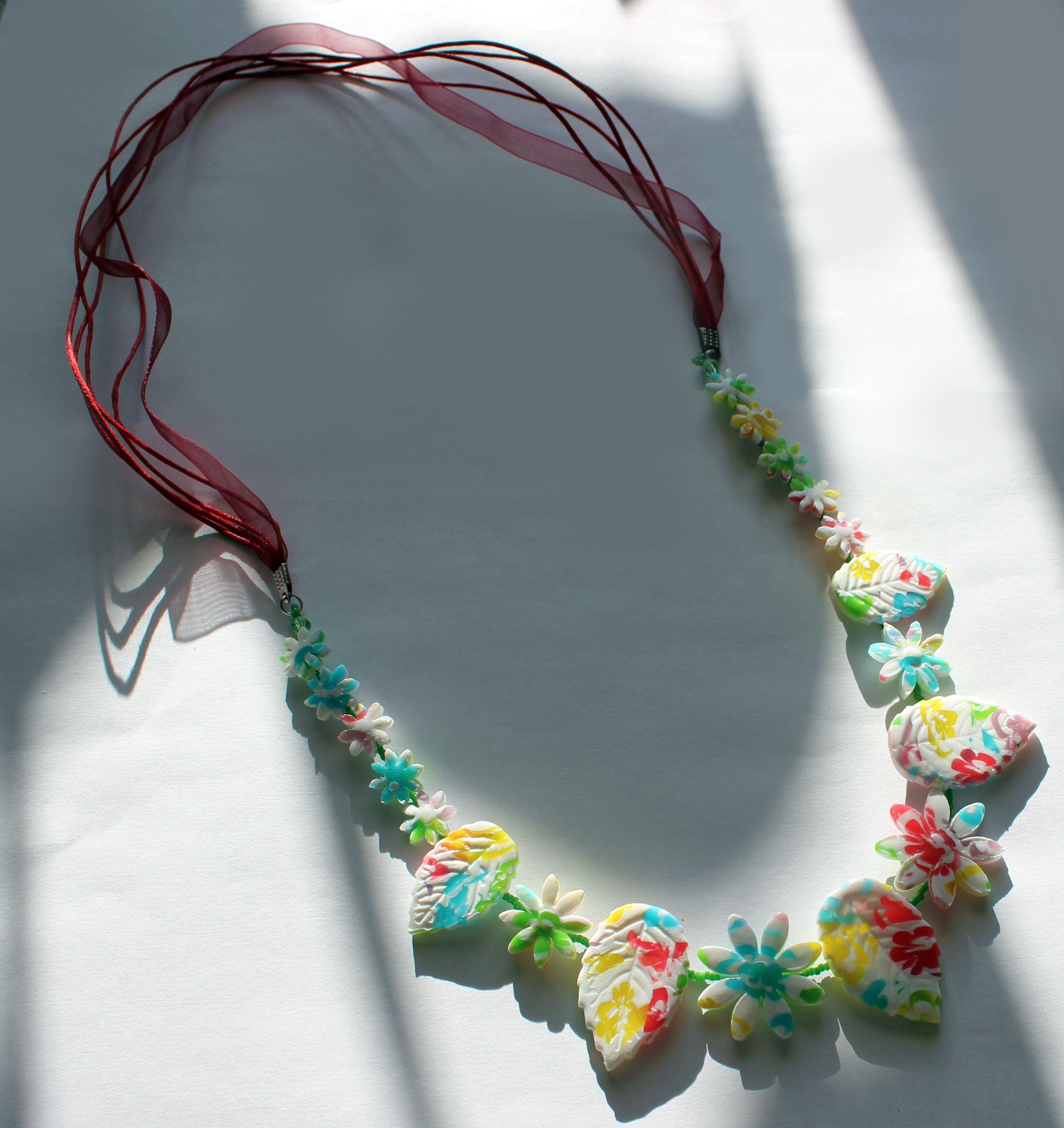 глина прозрачные украшения яркие бусы бижутерия колье разноцветные ожерелье