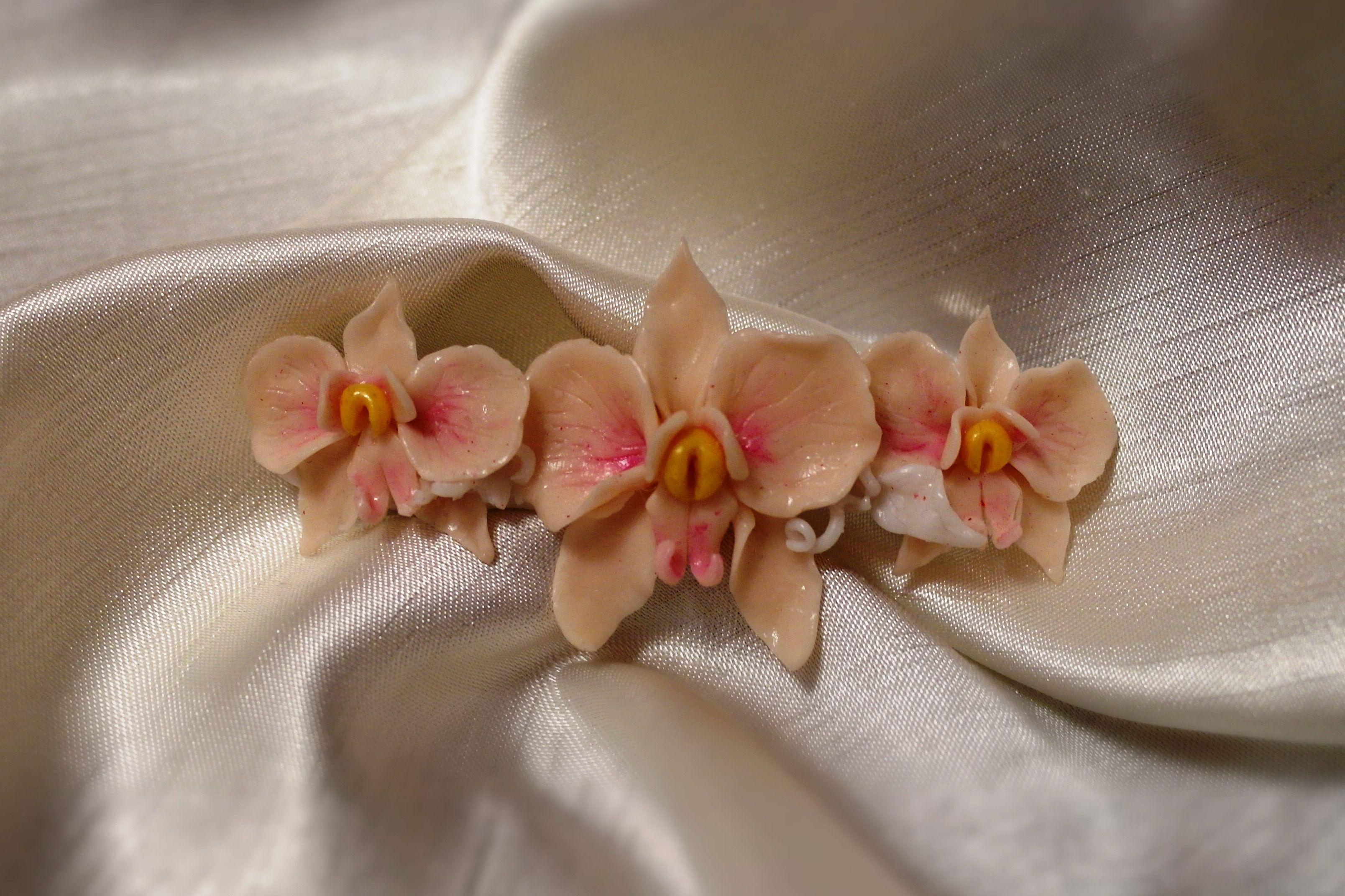 украшениедляволос уникальныйподарок ручнаяработа заколка handmade цветы полимернаяглина творчество бижутерия