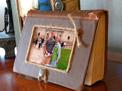 руками фотографий из старой книги для рамка фотографии своими