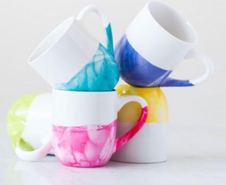 идея покраска мрамор лакдляногтей идеяподарка креатив лак чашка подарок