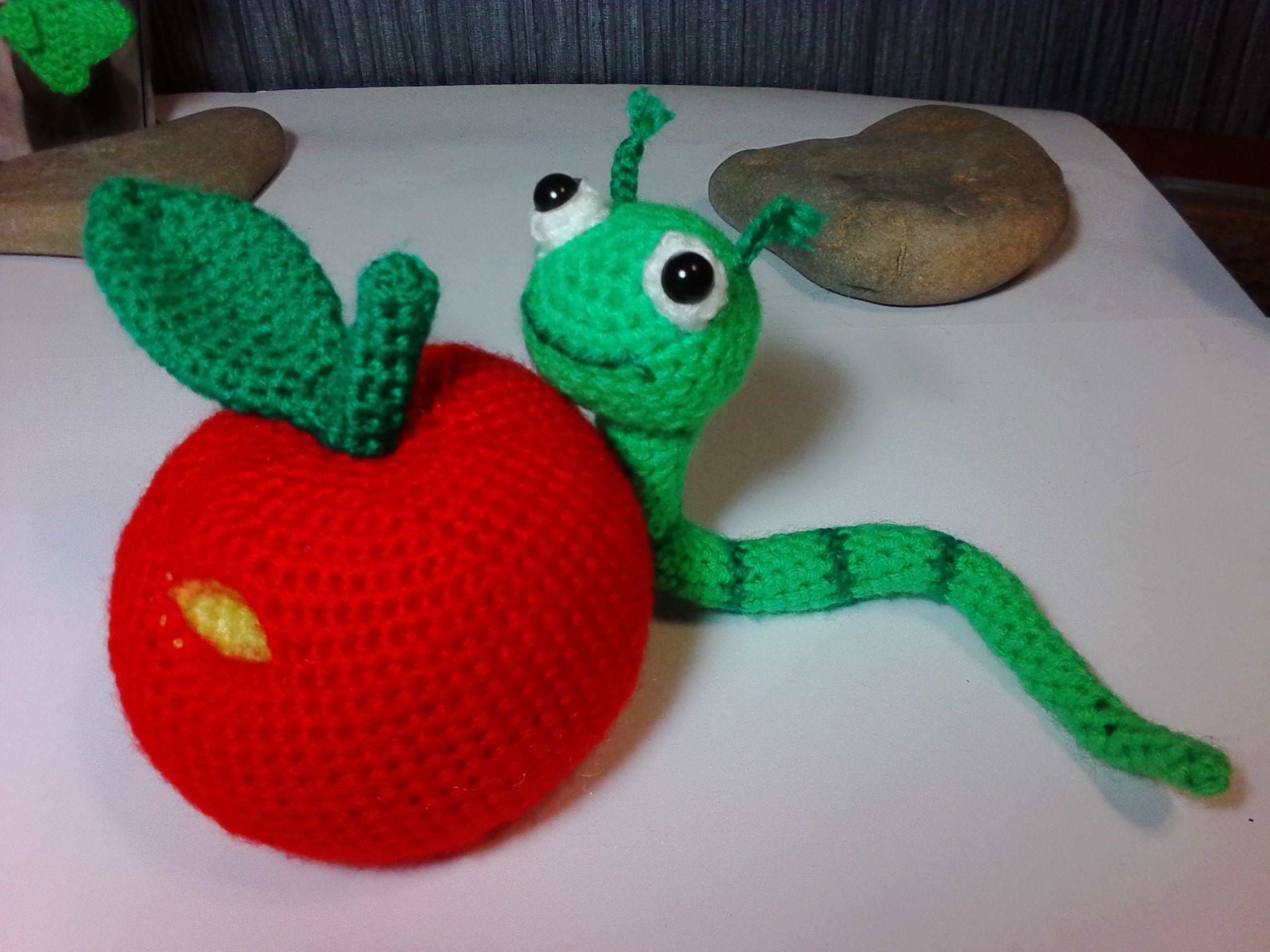 классы игрушки мастер вязание ручная сувениры яблоко вязанные работа крючком подарки