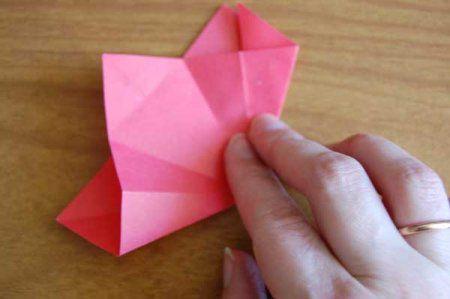 Оригами из бумаги цветы 26