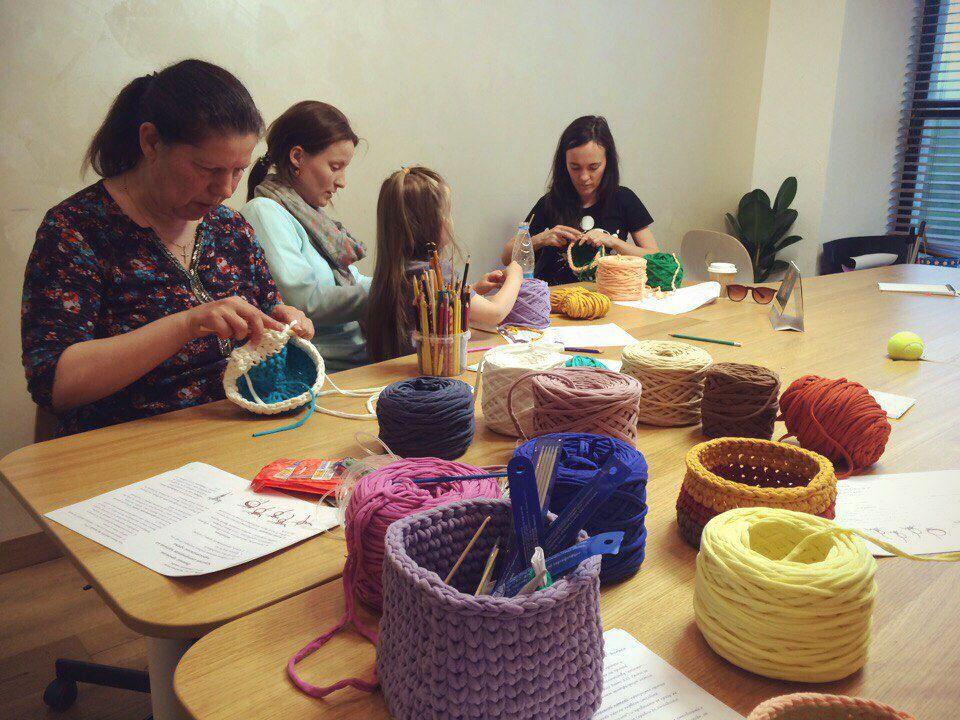 нитки пряжа украшения текстиль