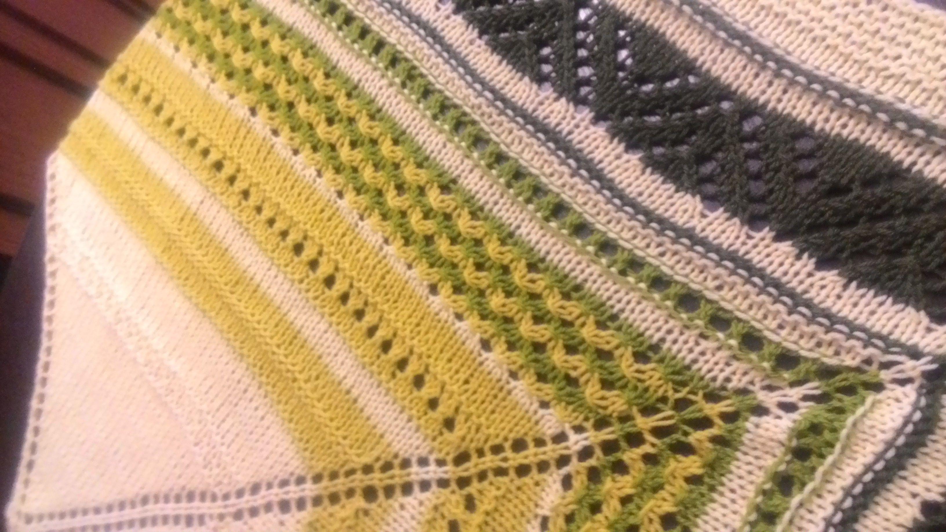 вязание шаль косынка бактус спицами