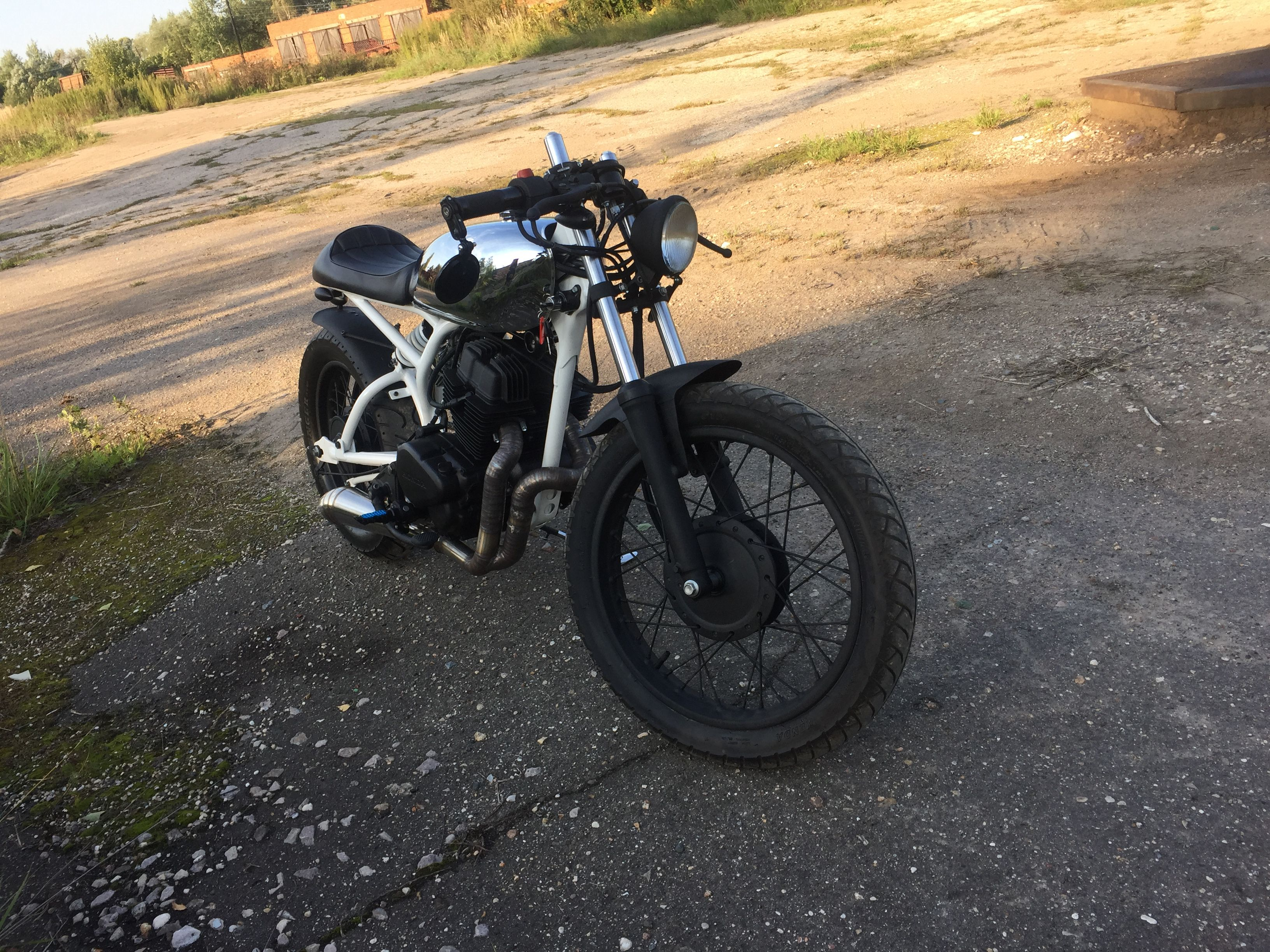 1983 honda cm250 camraclab caferacer злой brat tracker scrambler moscow dest91 bmw russia garage oldshcool moto auto bike mygaragemyrules custom mechanic master equipment homemade fast lucky sea cafe проект год стильный мастер закончил racer донор