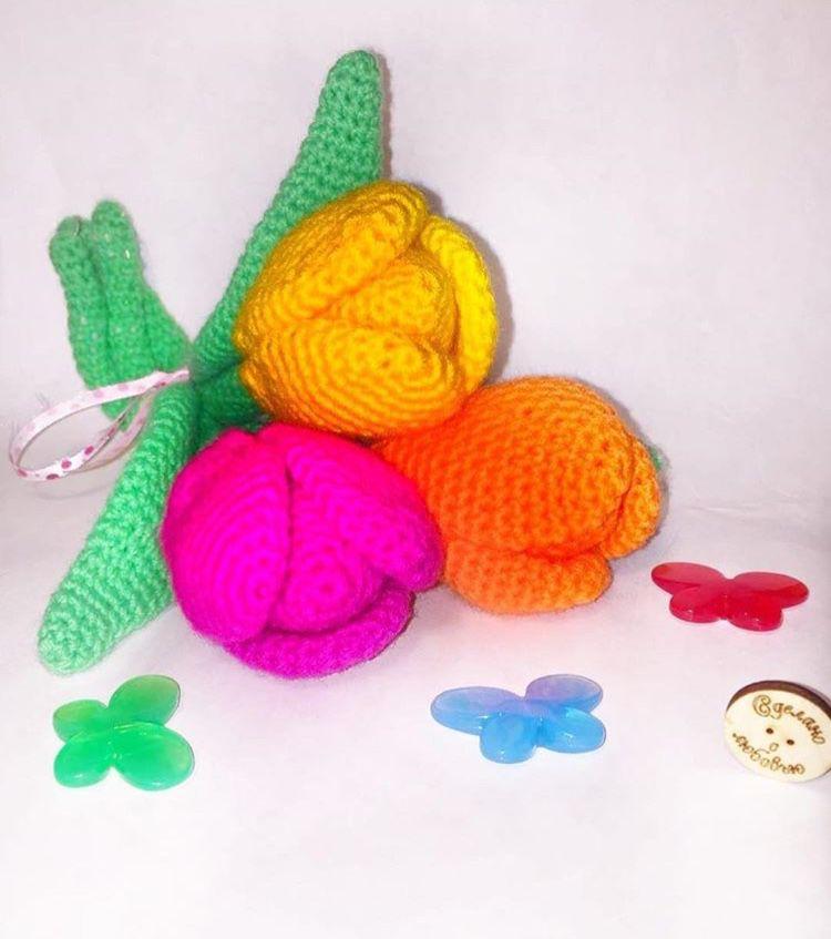 подарок желтыйцвет тюльпаны вязание handmade розовыйцвет рукоделие белыйцвет своимируками