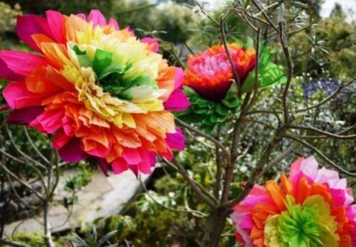 Цветы из гофрированной бумаги своими руками 13