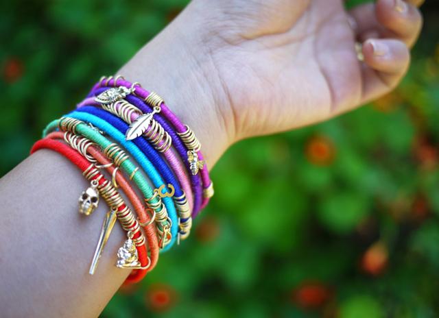 подарки аксессуары идеи браслеты руками своими