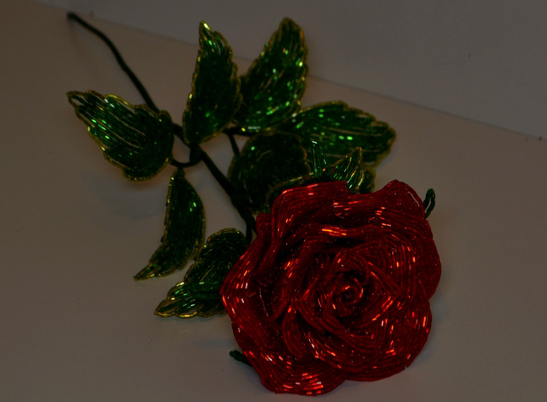 8марта бисер сувенир роза весна подарок цветы