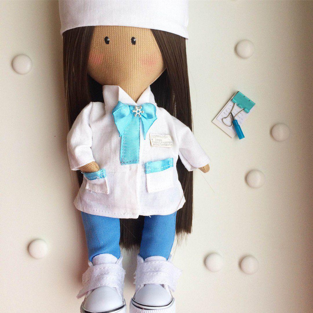 интерьерная кукла авторскаякукла куклаизткани куклаврач текстильнаякукла