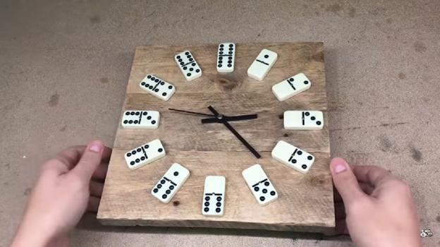 руками переработка подарок домино часы своими