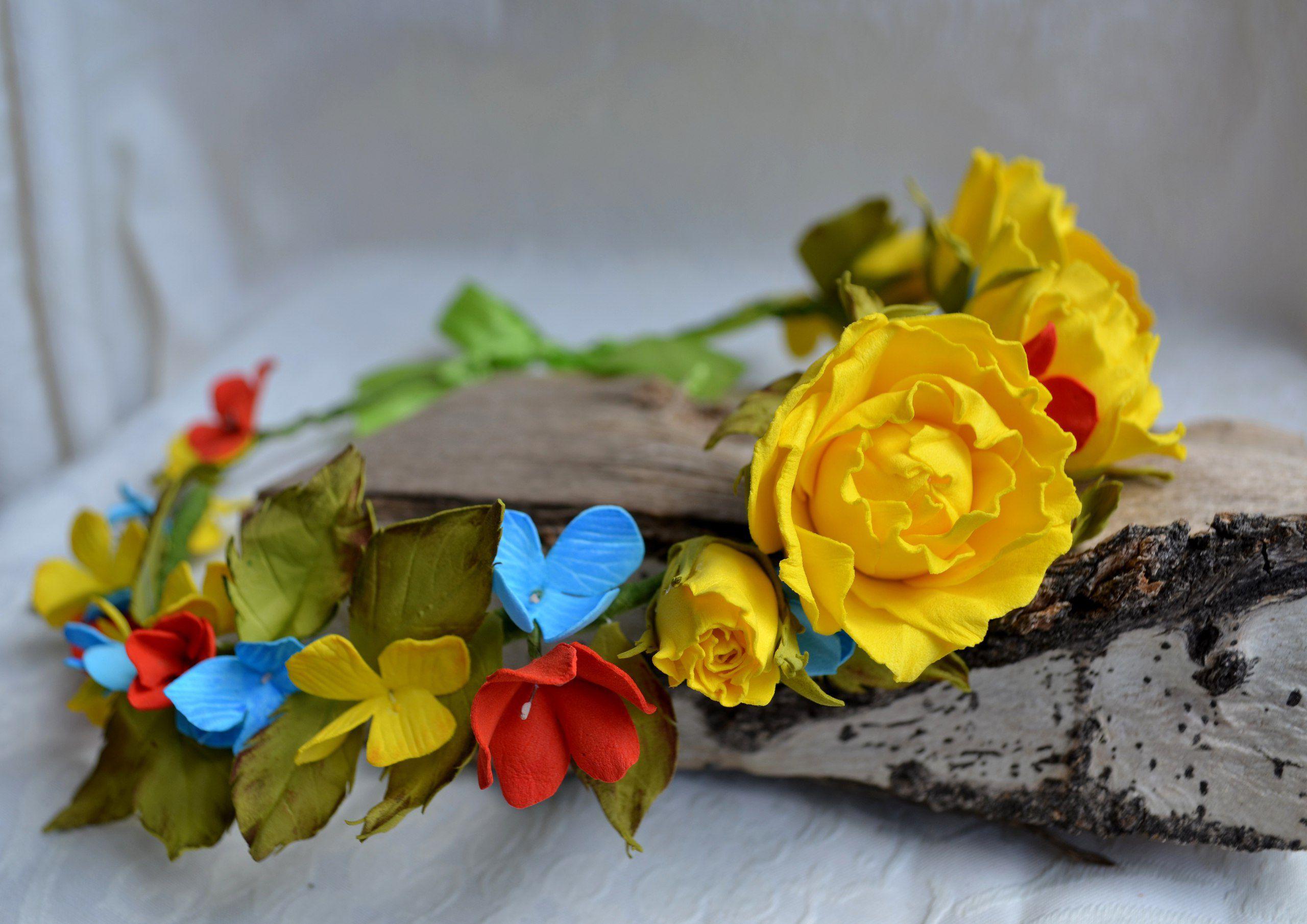 прическу голову на украшение праздник фоамиран розы цветы венок в фотосессия.