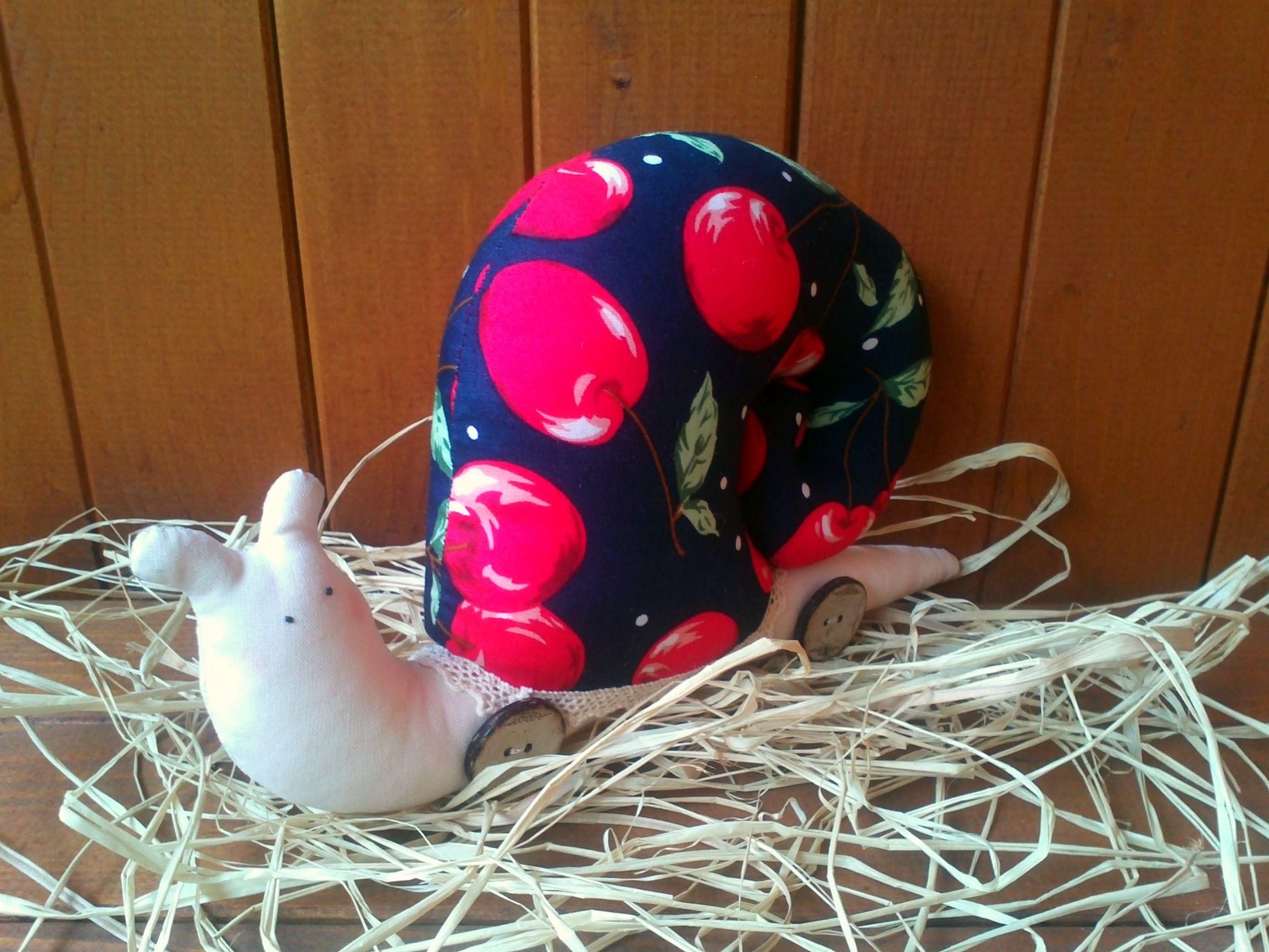 подарок случай вишня на коллекционирование текстиль тильда улитка любой