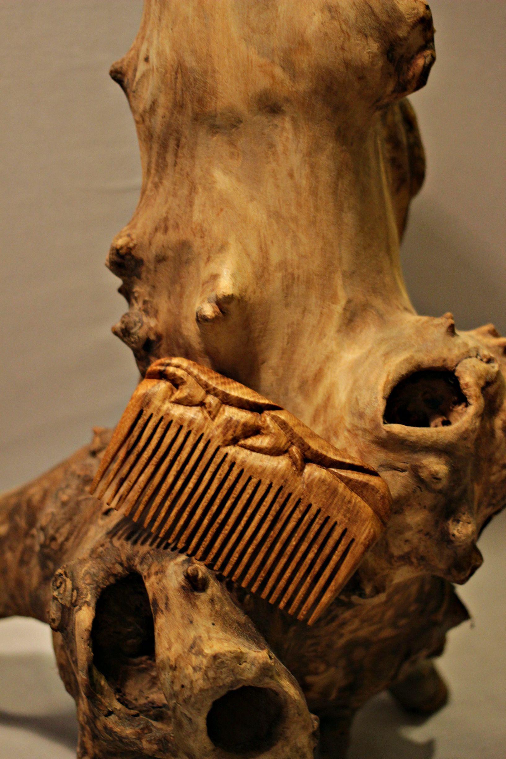 handmade деревянные сделано изделия с любовью для волос из дерева по расческа девушке девушки гребень резьба дереву подарок