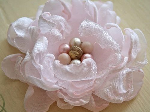 из ткани руками цветы своими