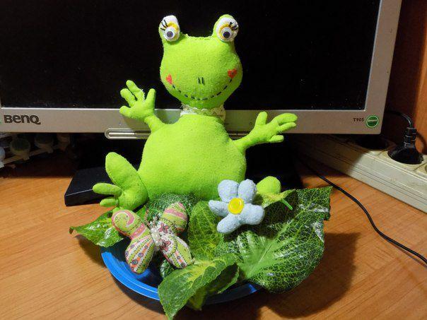 игрушкиручнойработы лягушка