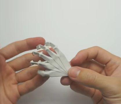 Как сделать руку из бумаги 1