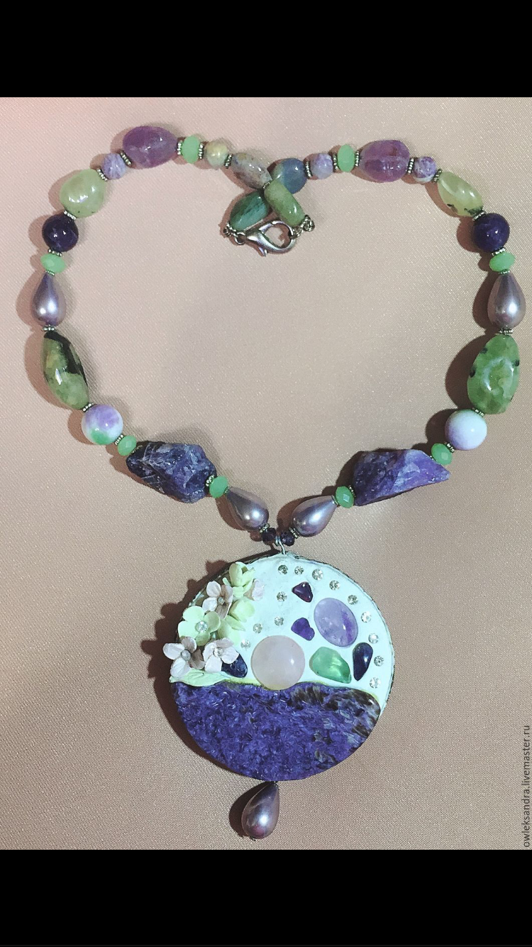 колье бусы натуральные украшение чароит камни