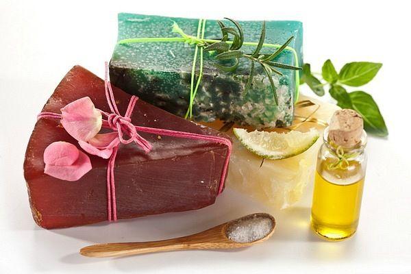 цветы подарок хендмейд творчество мыло своимируками сделайсам мыловарение идея идеяподарка креатив длясемьи аромат скраб мылохендмейд вдомашнихусловиях