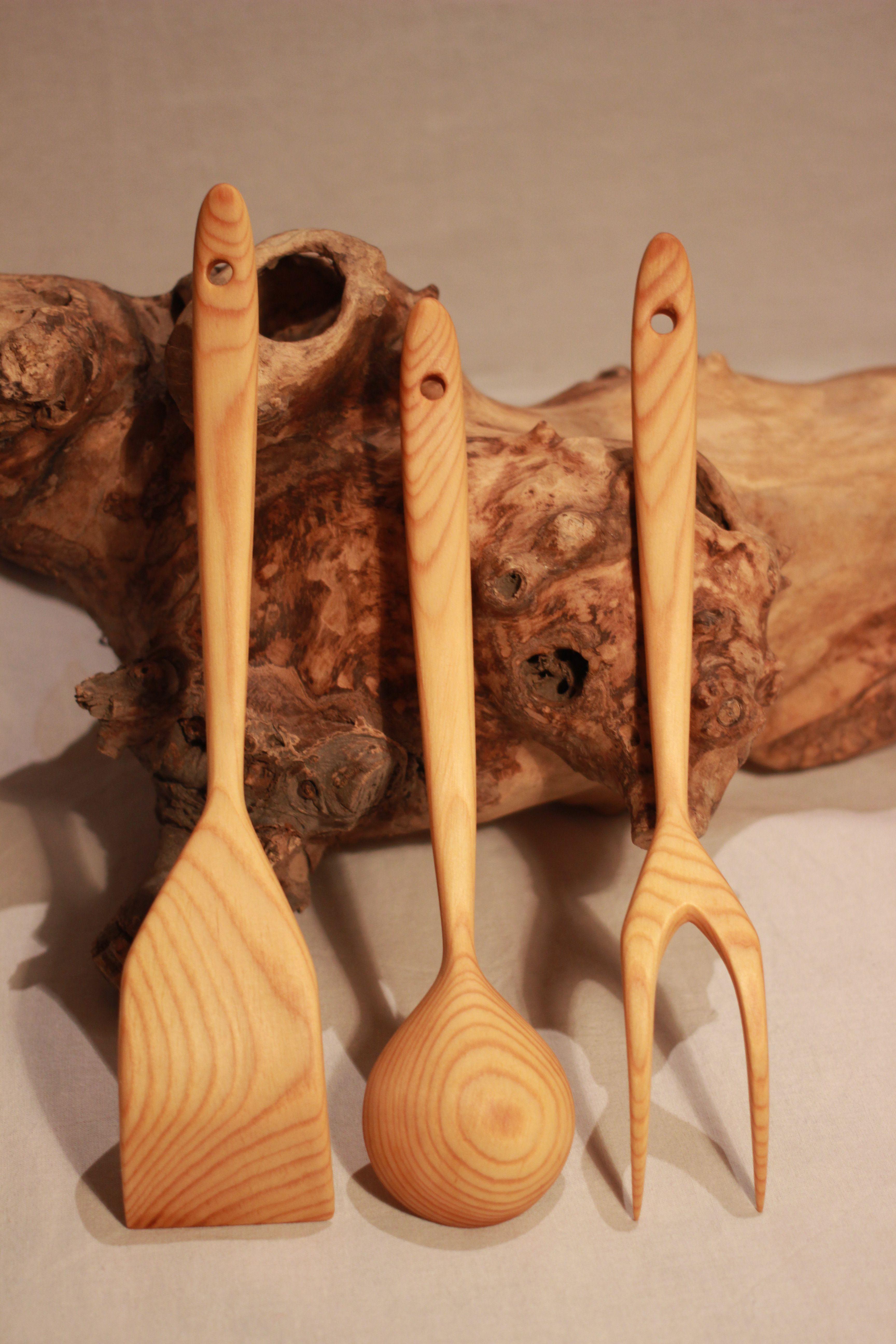 кухонная ложкидеревокухонная утварьдля кухниложки деревянныерезьба деревукухняподарокподарок хозяйкедеревянная посудадеревянная утварьпосуда деревадеревяннаявилкадеревяннаялопатканабордеревянныйнаборкухонный по из