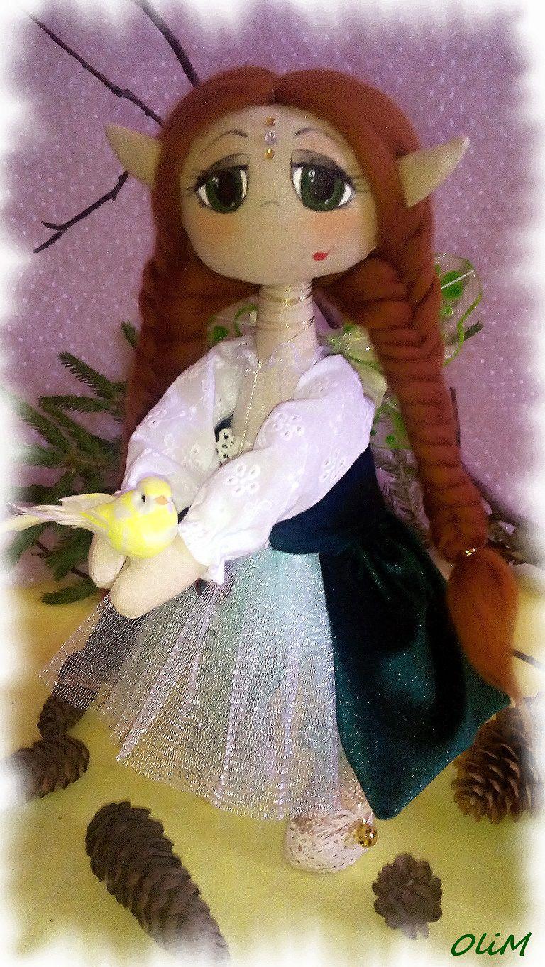 подарок интерьернаяигрушка кукласзеленымиглазами кукласптичкой бархатноеплатье кукларучнойработы интерьернаякукла эльф фея