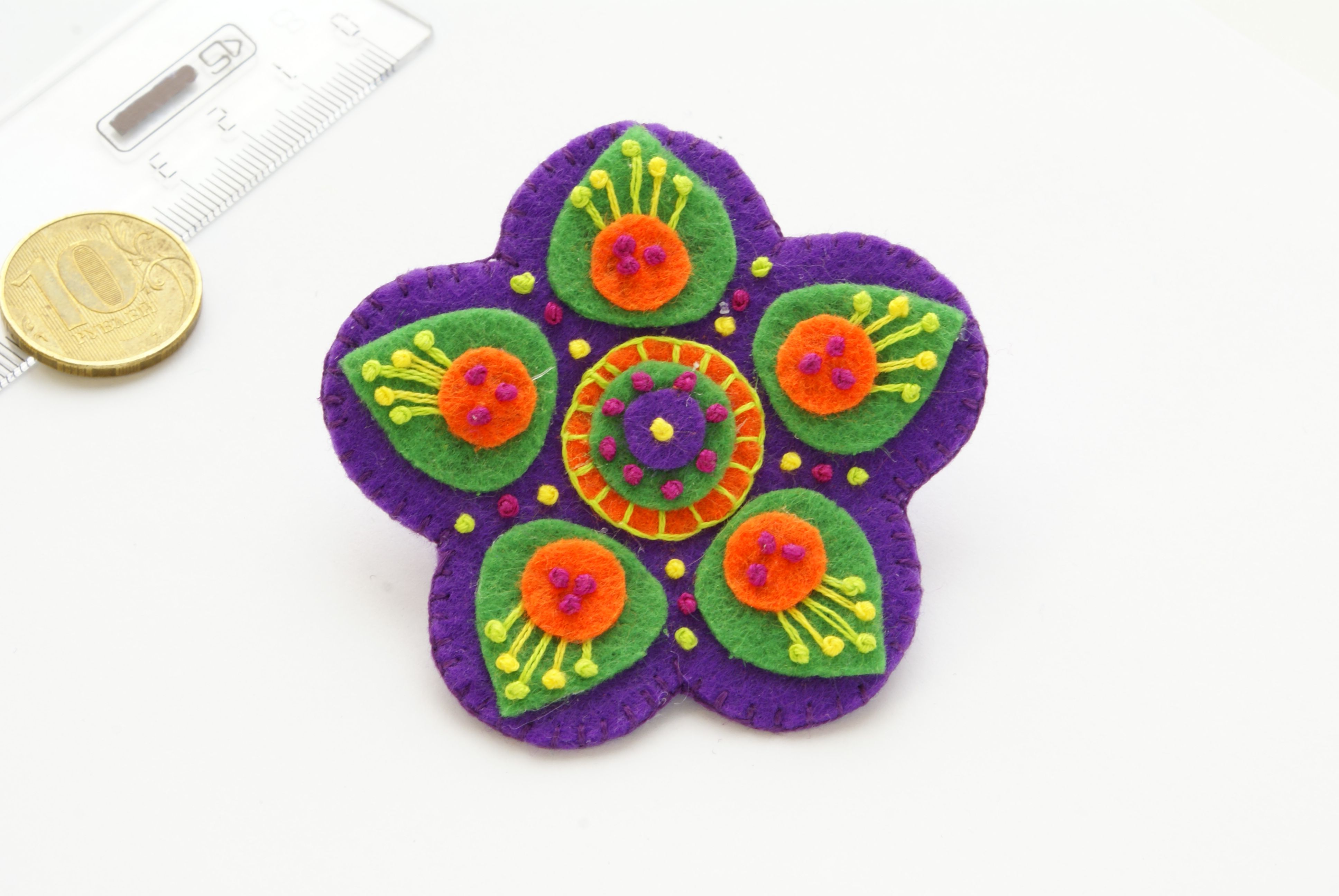 цветок брошка брошь украшение ручнаяработа фетр