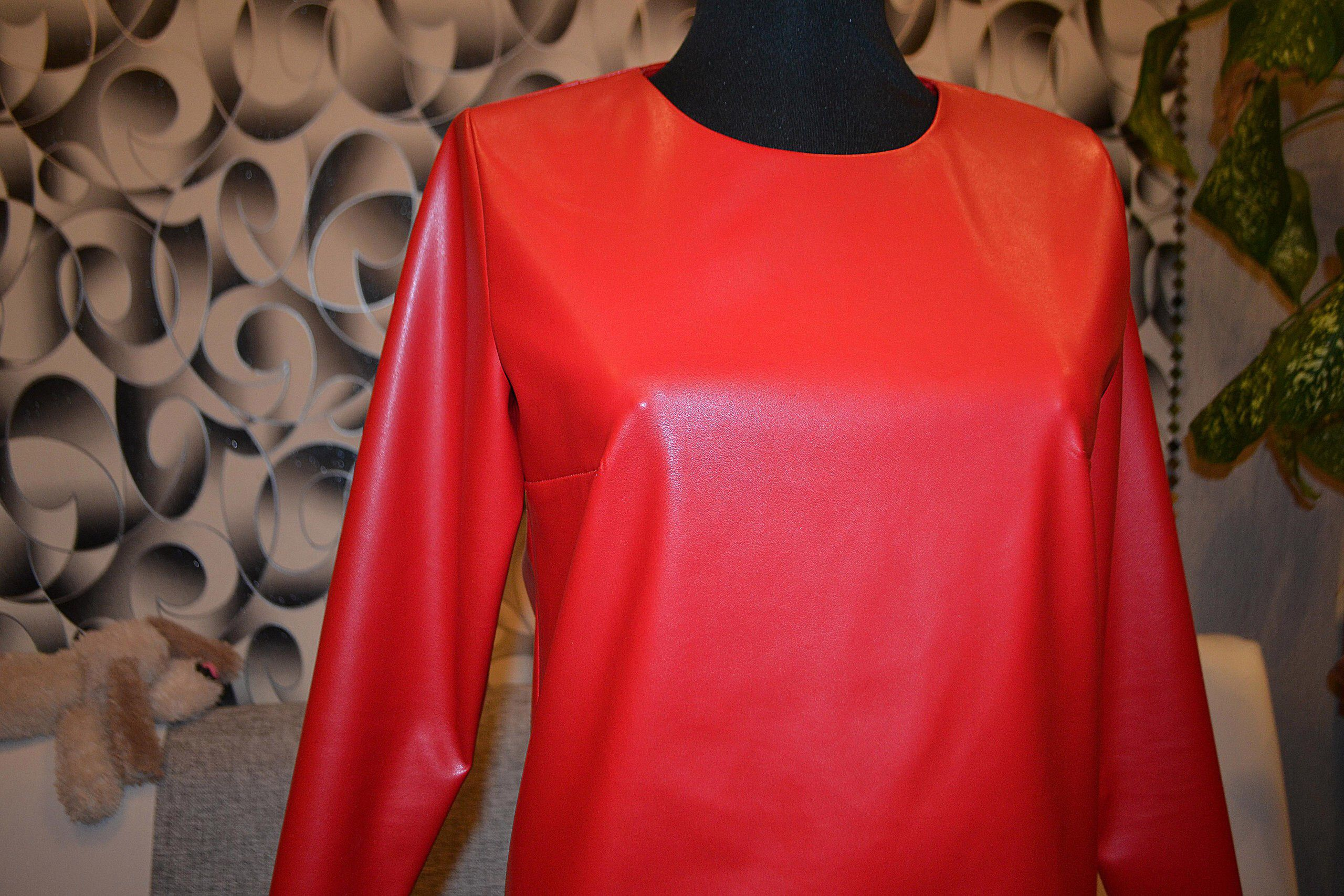 кожаное мини короткое платьемини кожаноеплатье платье красноеплатье