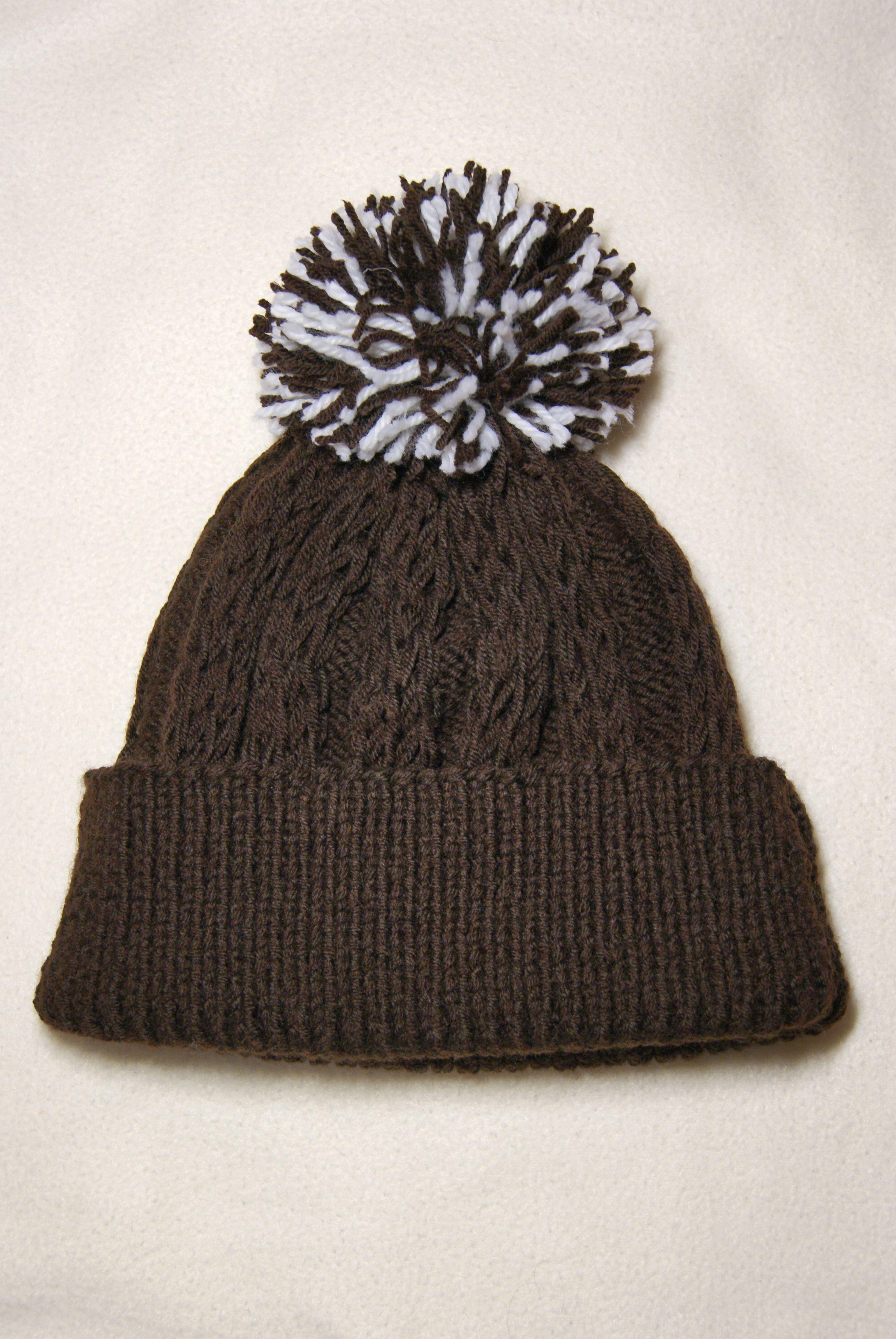 вязаниеназаказ помпон вяжутнетолькобабушки шоколад вяжуназаказ тепло шапка уют зима коричневый вязание зимняяшапка зефир