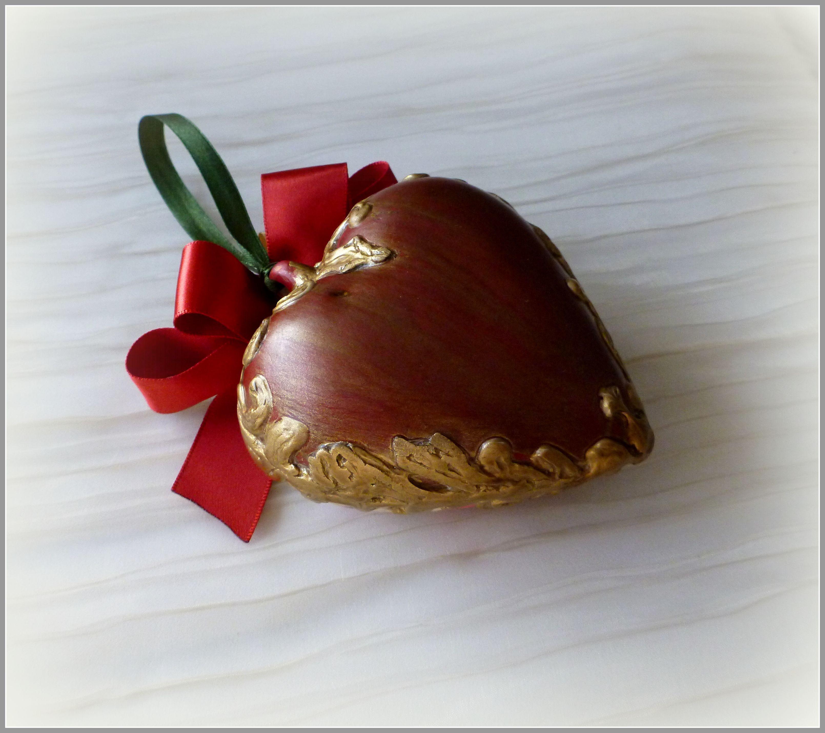 14февраля рождество елочнаяигрушка золотой сердце роза красный керамика бант пион подвеска интерьерныйподвес длявлюбленных новогоднееукрашение интерьерноеукрашение елочноеукрашение подвес цветы бордовый любимой