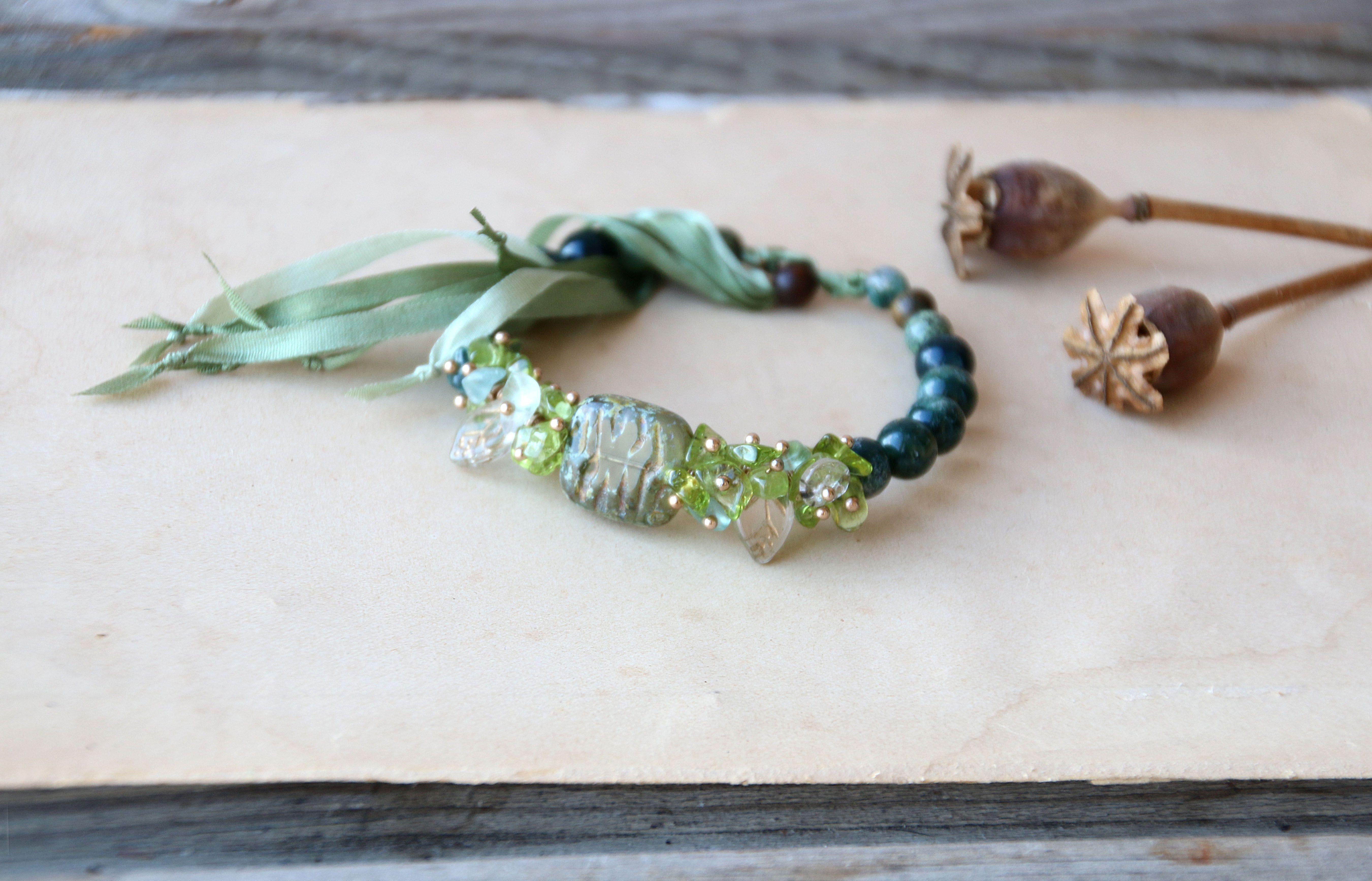 травы зеленый авторский барслет прозрачное природный лесной камни моховой натуральные