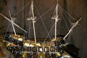 Корабль из конфет мастер класс 27