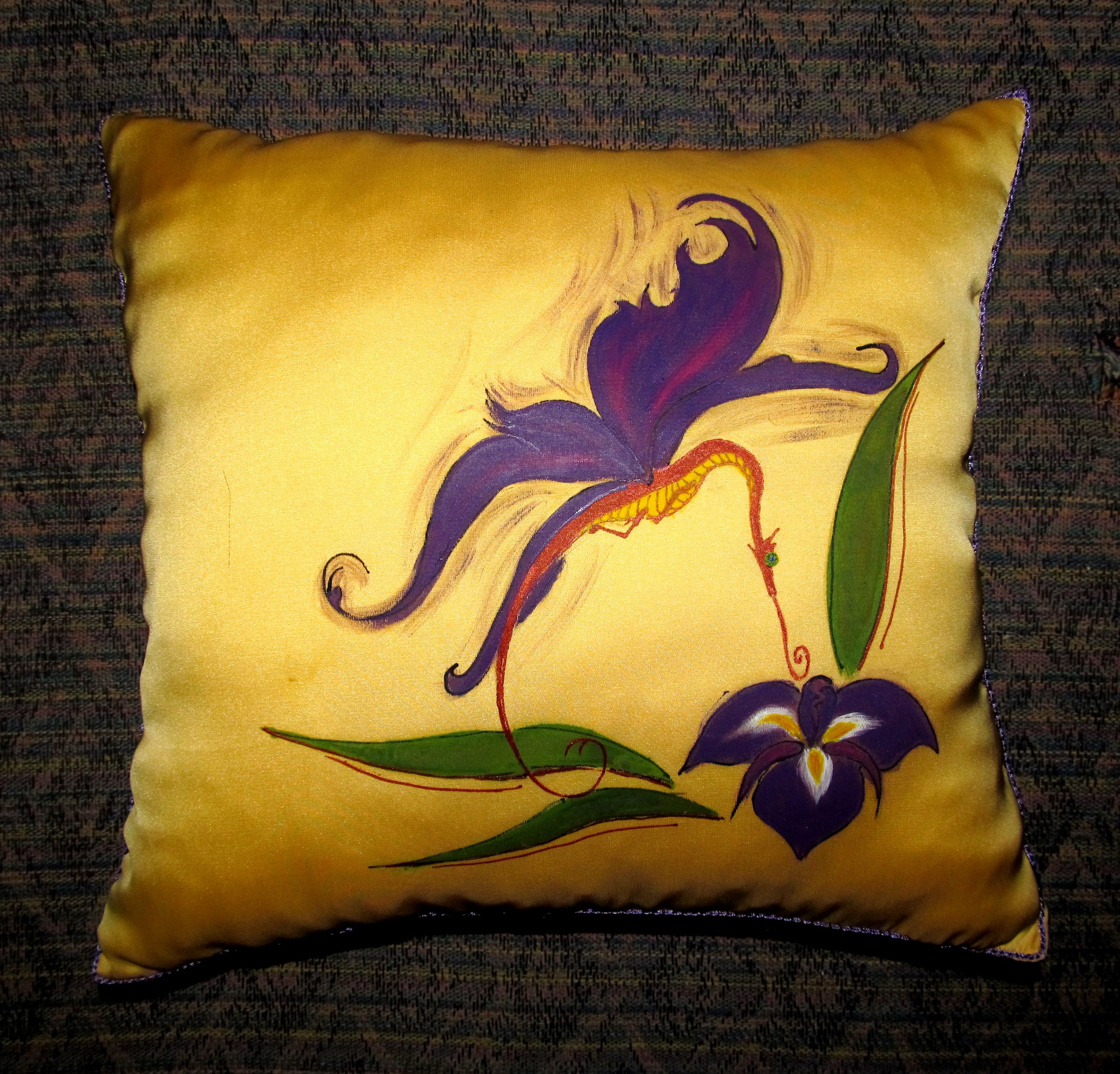 по дракон подушка декоративная интерьер роспись ткани