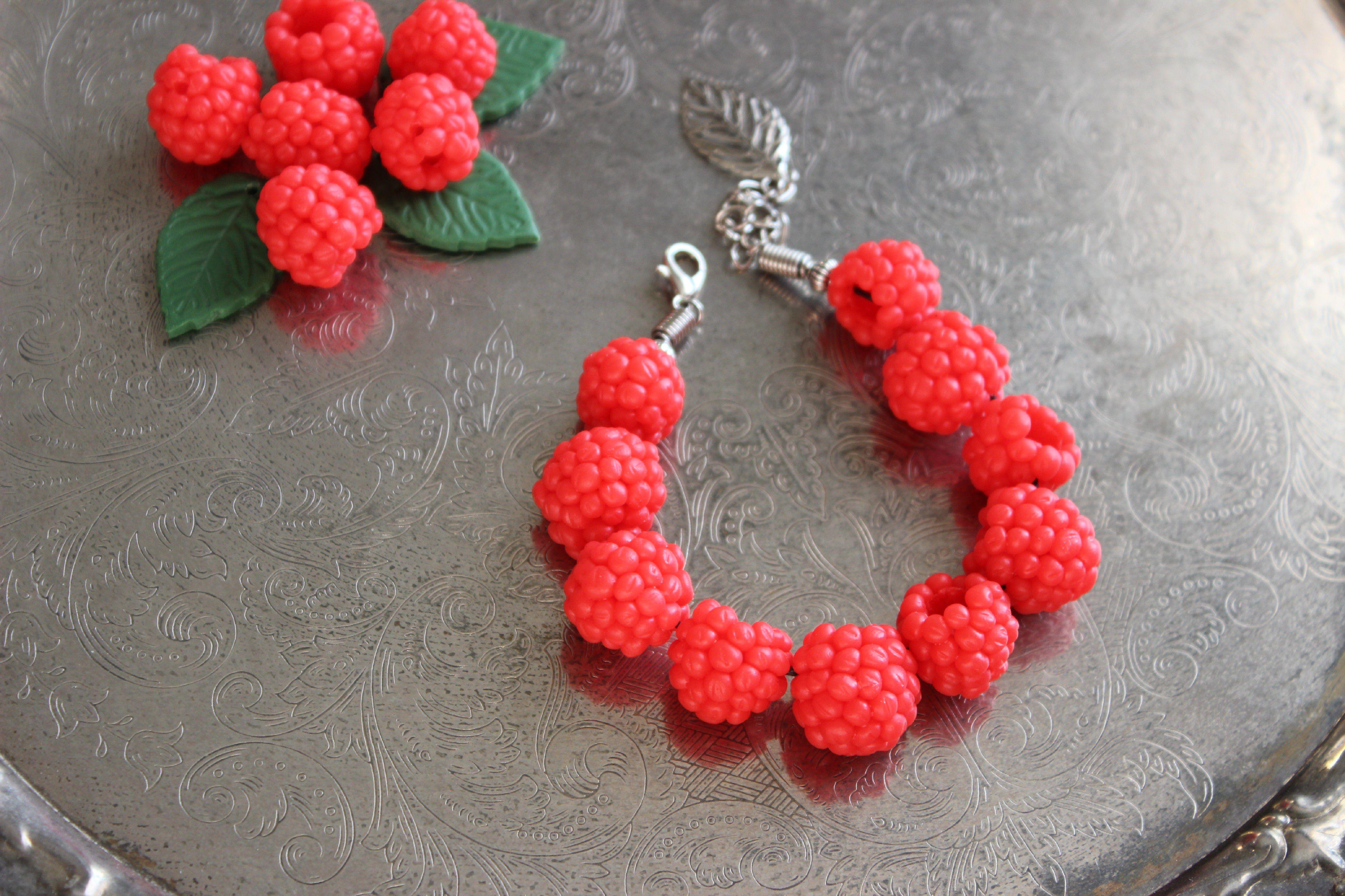 глина малина украшения браслет бижутерия яркий ягоды красный лето