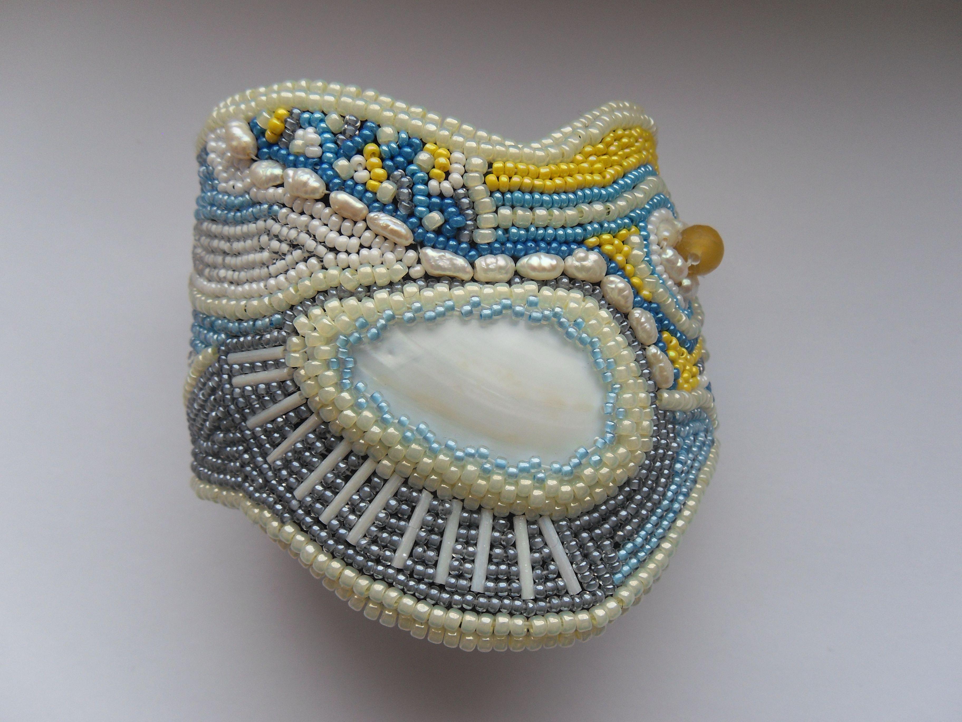 подарок браслет купить жемчуг украшение речнойжемчуг купитьбраслет перламутр аленаэир вышивкабисером